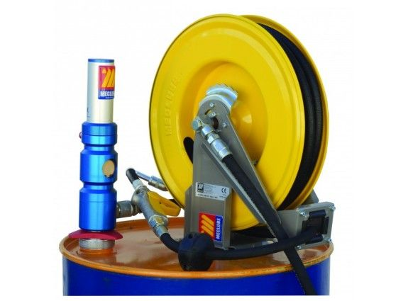 1:1 Ratio Meclube Pump With Hose Reel And Nozzle