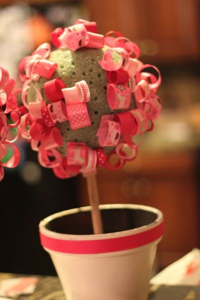 complete instructions to make a ribbon topiary. Ribbon from Hobby Lobby!