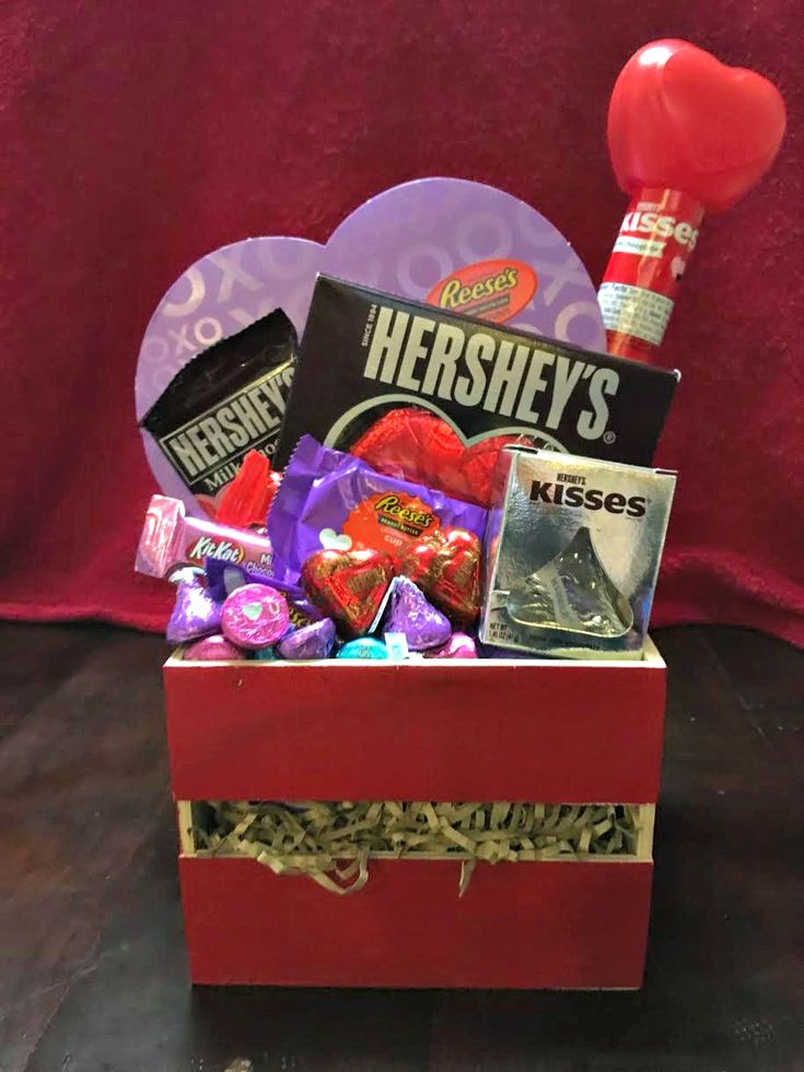 Get Sweet with Hershey's: Valentine's Day Card Printable and Gift Basket #HSYMessageOfLoveHershey Valentine's Day Gift Basket 3
