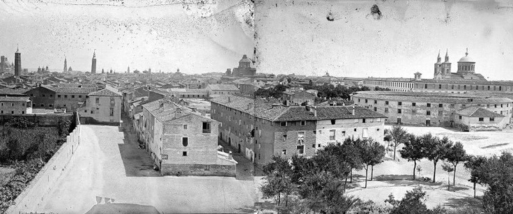 Dos imágenes unidas: panorámica de Zaragoza desde la Iglesia del Portillo