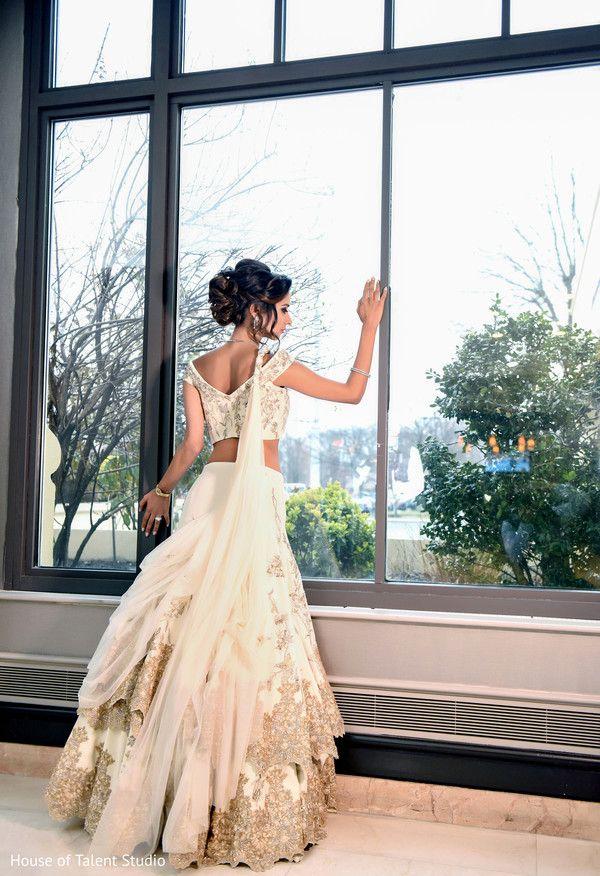 View photo on Maharani Weddings http://www.maharaniweddings.com/gallery/photo/70496