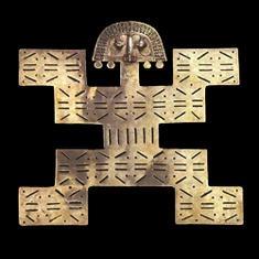 Pectoral en tumbaga. Tolima, 0 - 550 d.C. El Dragón, Calarcá, Quindío. 23,4 x 25,7 cm / Pectoral Tumbaga 0 - 550 A.D. El Dragón, Calarcá, Quindío