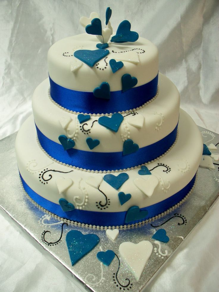blue gold wedding cake berries | http://www.frescofoods.co.nz/