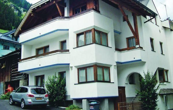 Apartment Paznaunweg - #Apartments - $100 - #Hotels #Austria #Ischgl http://www.justigo.club/hotels/austria/ischgl/apartment-paznaunweg_40628.html