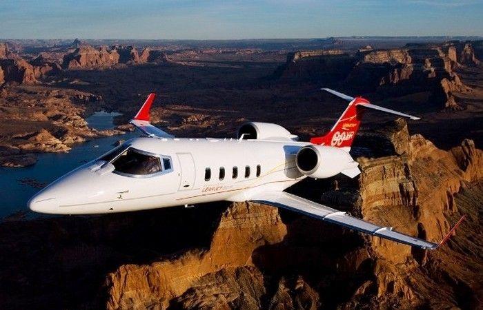 Наука и техника: 15 самых дорогих и роскошных самолетов, которые принадлежат частным лицам http://kleinburd.ru/news/nauka-i-texnika-15-samyx-dorogix-i-roskoshnyx-samoletov-kotorye-prinadlezhat-chastnym-licam/  Airbus A380, — . , , . , , , , , , . ? , .. 1. Learjet 60XR Learjet 60XR. Bombardier Aerospace, Learjet 60XR . , ( 60XR — 8 ). , 13 . 2. Bombardier Global 7000 Bombardier Global 7000. Global 7000 Bombardier Aerospace. VIP-. 13 . 60 . 3. Gulfstream G450 […]