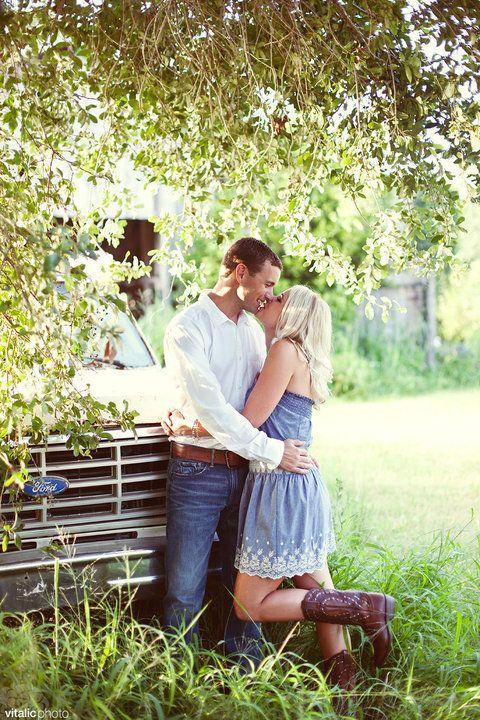 pretty.: Engagement Pictures, Engagement Photos, Country Couple Photos, Couples Photography, Couple Pictures, Engagement Photography, Engagement Couple Photography, Photography Couple, Country Couples