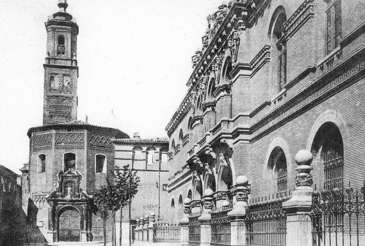 Zaragoza - Antigua universidad (ya desaparecida) junto a la iglesia de La Magdalena