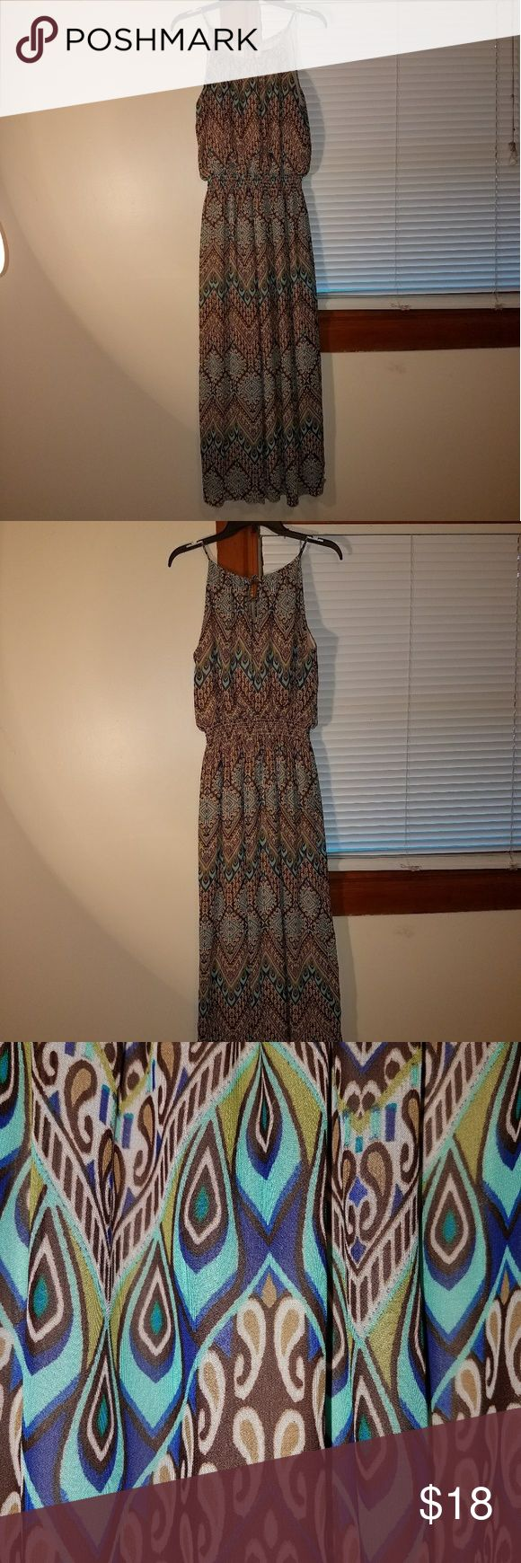 Beautiful summer/fall dress Multicolored dress in size 14 Dresses Maxi