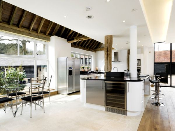 A kitchen MADE for entertaining