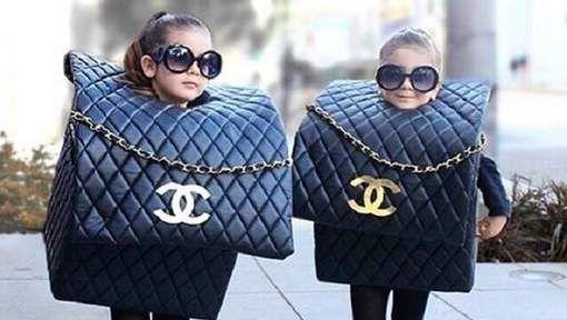 Ze zijn amper vier jaar oud, maar Bella en Chloe - aka The Royal Twins - zijn al echte modevoorbeelden. De tweeling Bella en Chloe komt uit ...