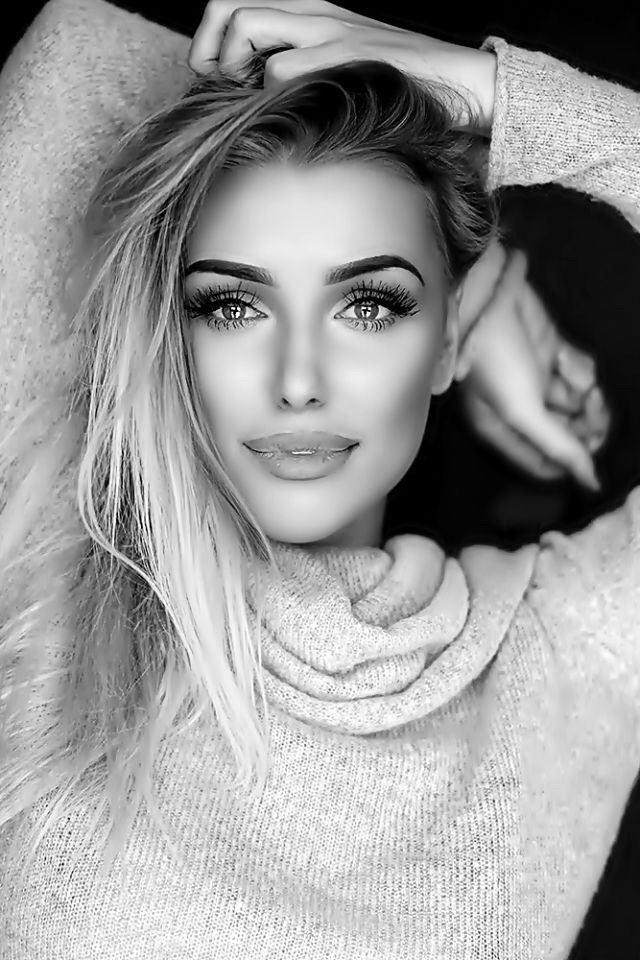 Bw photography black white photography beautiful females beautiful eyes gorgeous women bedroom eyes black white photos black and white female faces