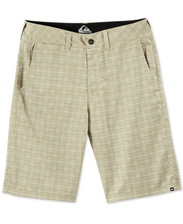 Comfortable and effortlessly cool, these hybrid shorts from Quiksilver feature a…
