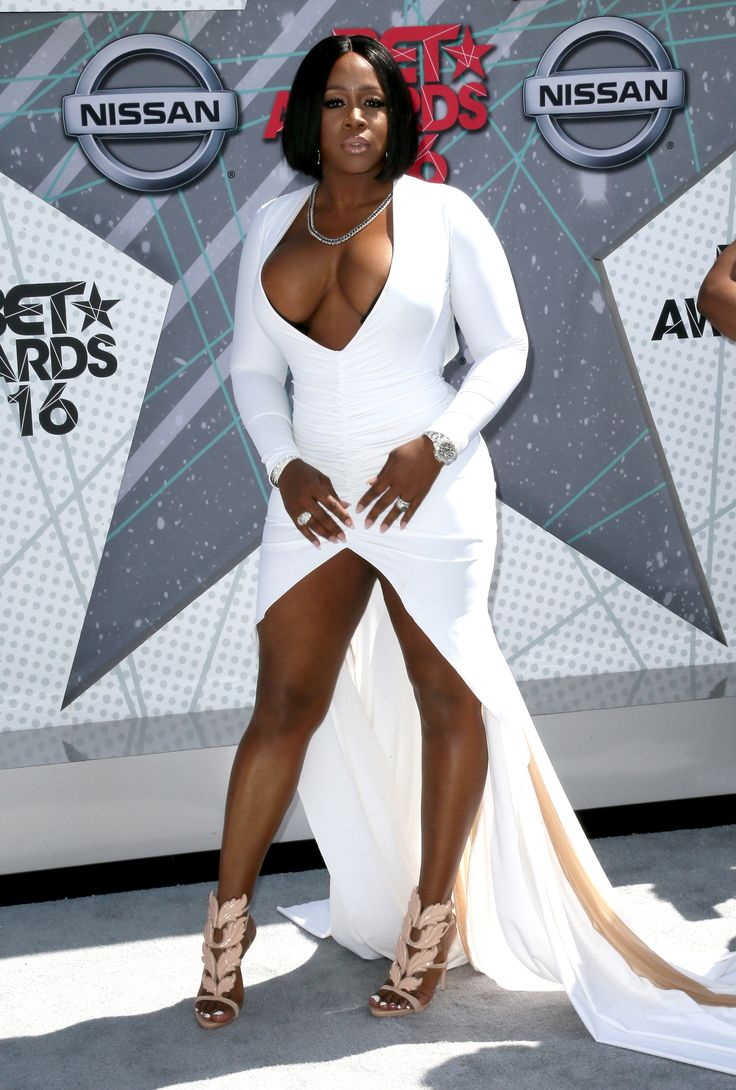 Remy Ma (Photo by David Livingston/Getty Images) via @AOL_Lifestyle Read more: http://m.aol.com/article/2016/06/26/2016-bet-award-red-carpet-arrivals-sizzle-with-scandalous-styles/21419386/?a_dgi=aolshare_pinterest#fullscreen
