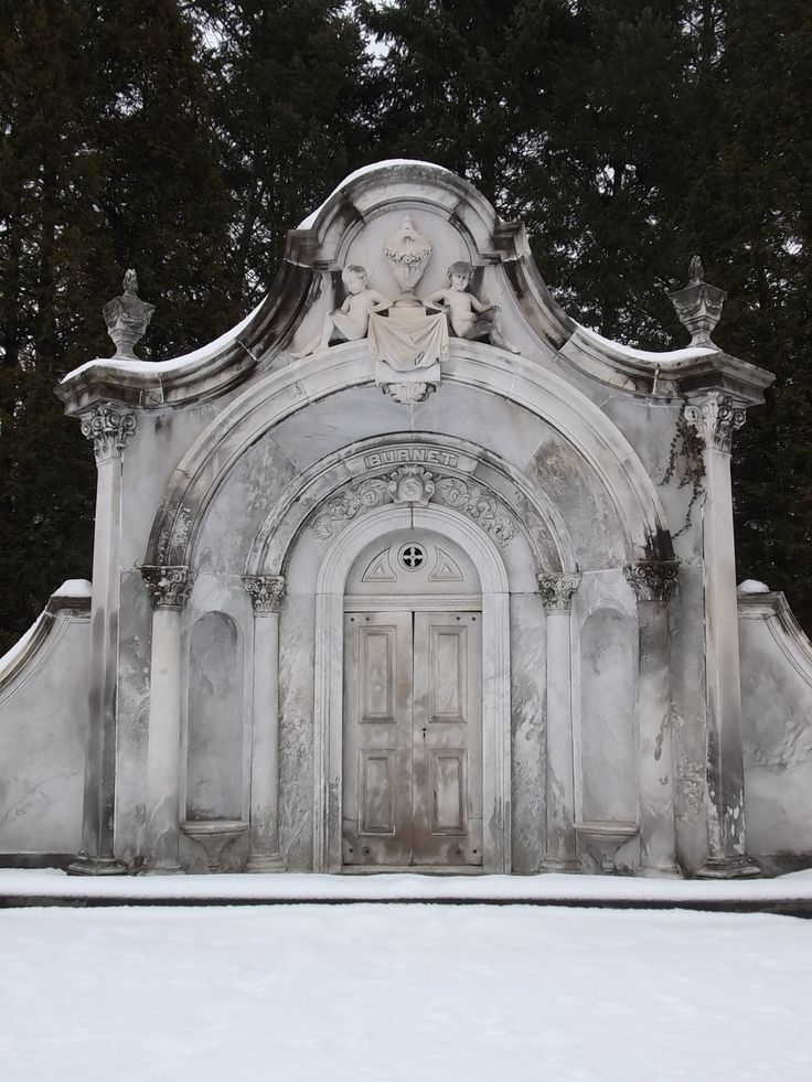 #TFSPhotos (5/8)-The Burnet Mausoleum at the Spring Grove Cemetery & 86 best Crypts/Mausoleums/Niche images on Pinterest | Cemetery art ... Pezcame.Com