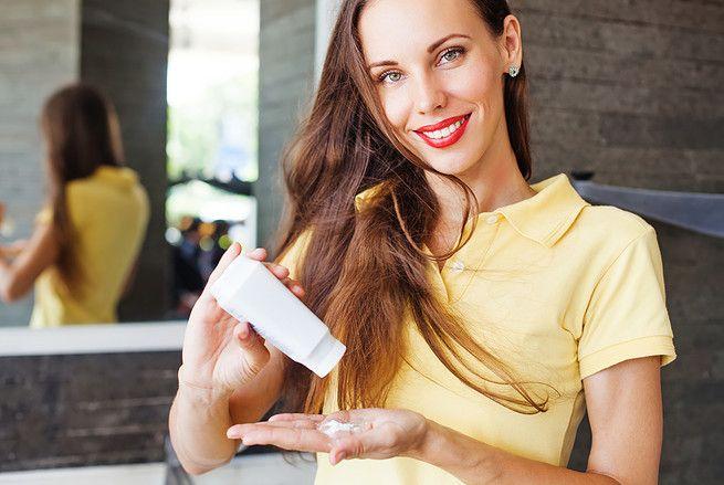 Tout savoir pour fabriquer soi-même son shampoing sec à la maison