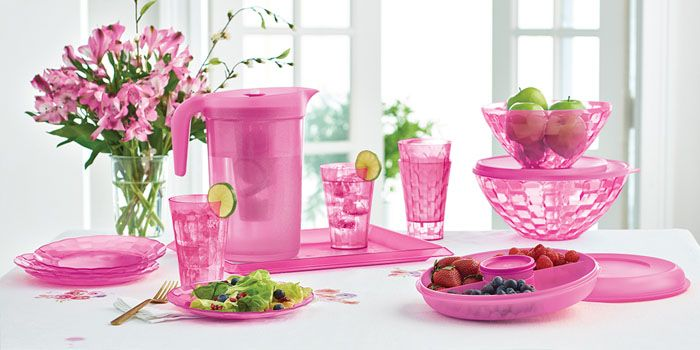 How to Host a Tupperware Party