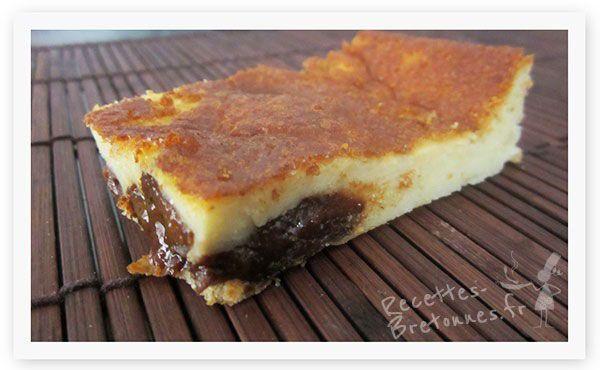 Le far Breton aux pruneaux est très facile à réaliser et en plus délicieux. Un classique parmi les desserts de Bretagne !