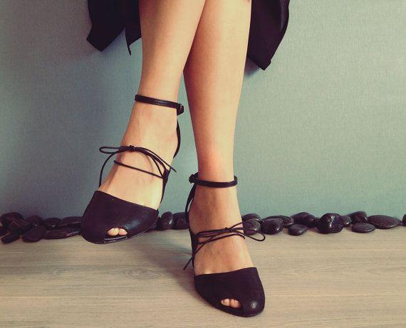 Jiji  Black  FREE SHIPPING Handmade Shoes by Keymandesign on Etsy, $185.00