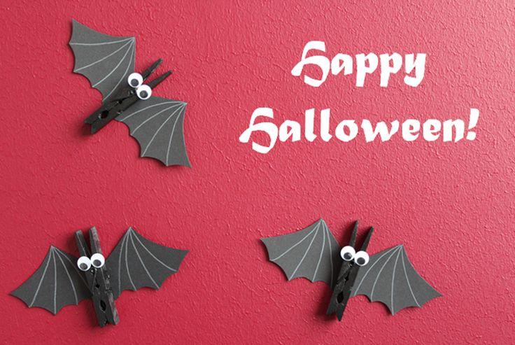 DIY Halloween-Decoration: bats made of  clothespins / Halloween-Deko…