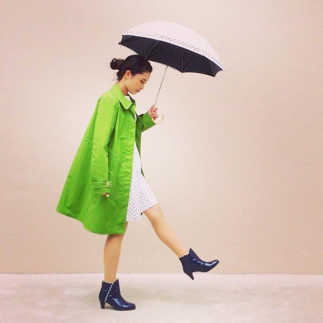 憂鬱な雨の日もるんるん気分で過ごしましょ♪かわいいレインシューズのコーデ☆スタイル・ファッションの参考に♡