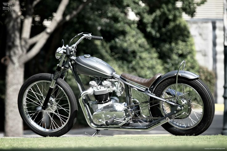 The Factory Metal Works built this custom #Triumph 650 for actor #RyanReynolds - #motorcycle