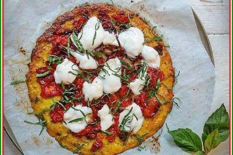 Pizza senza Glutine con crosta formaggiosa al Cavolfiore