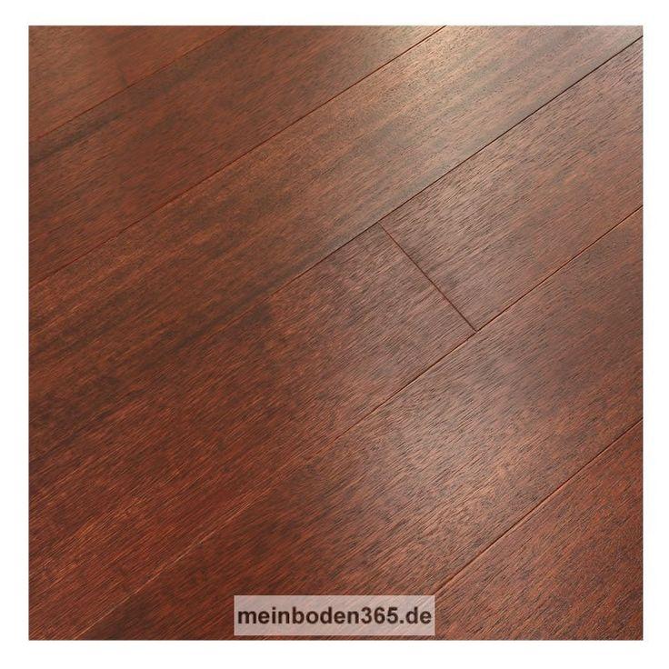 Das Parkett ist ein 3-Schicht Fertigparkett als kurze Landhausdiele in der Holzart Merbau. Das Format ist ideal für kleine, schmale Räume geeignet. Die Oberfläche der Diele ist ruhig und zudem matt lackiert. Das Parkett hat eine Nutzschicht mit einer Stärke von ca. 3,4 mm und eine 2-seitige Mikrofase. Dieser Boden kann sowohl schwimmend mit einer Trittschalldämmung oder vollflächig verklebt verlegt werden, auch auf einer Fußbodenheizung.