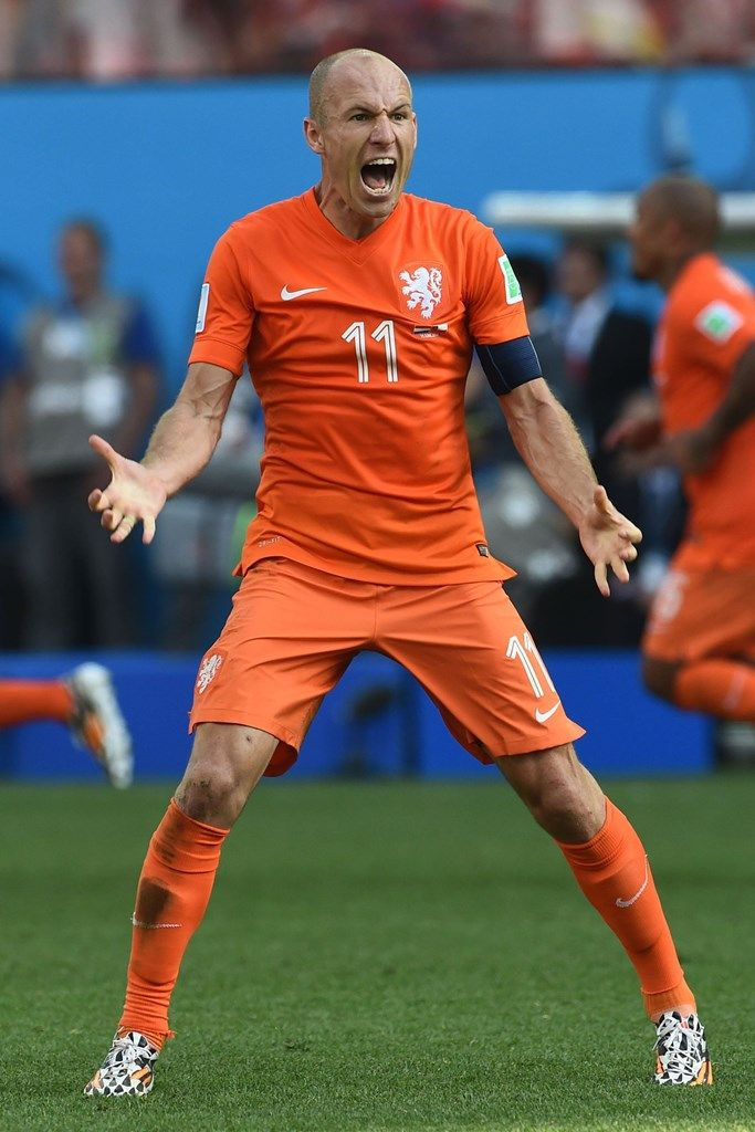 Arjen Robben, fast and also famous for his dive action.