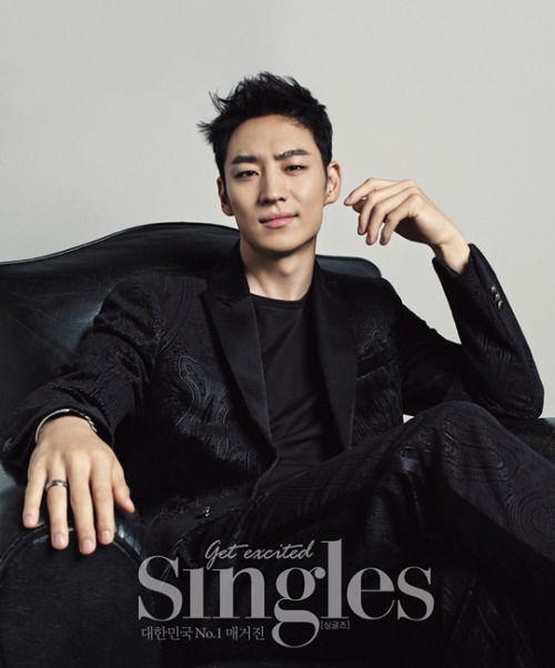 Lee Je Hoon - Singles Magazine September Issue '14