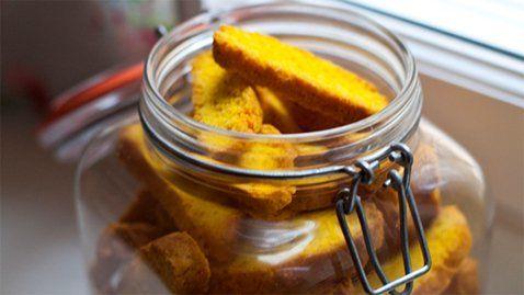 Leila's Swedish Saffron Biscotti (Saffranskorpor) - RTE Food