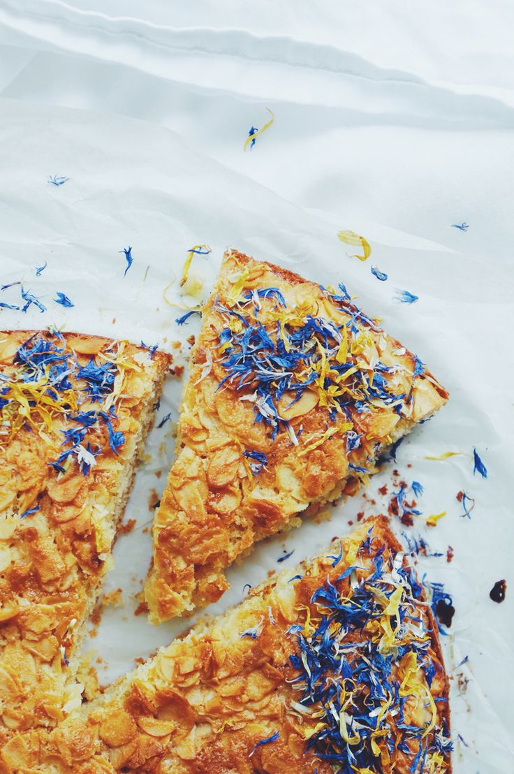 Gluten free tosca cake