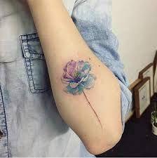 Resultado de imagen para tatuajes flores brazo para mujeres