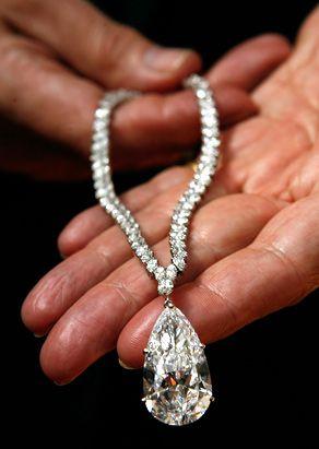 38 carats Diamond necklace, 7.1 million sensitive