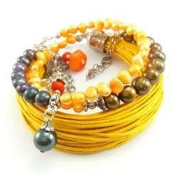 Zestaw damskich bransoletek w kolorze pomarańczy, fioletu, brązu z perłami naturalnymi i sznurkiem
