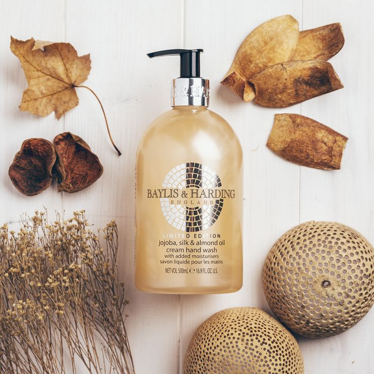 Treat your hands well this winter with our nourishing Jojoba, Silk & Almond Oil Cream Hand Wash