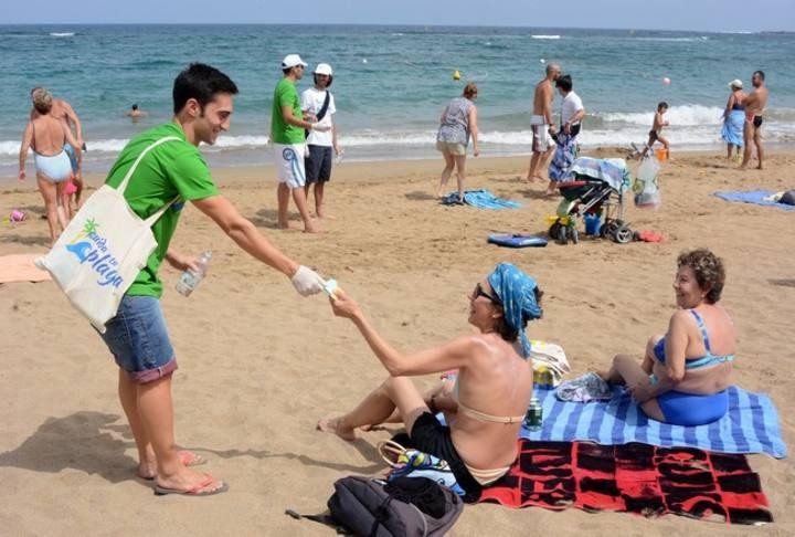 Campaña 'Cuida tu playa'