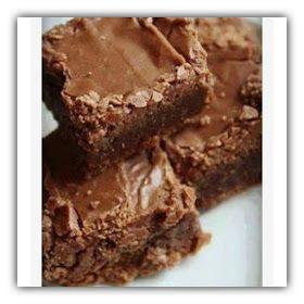 J'ai fait ces délicieux brownies sur demande express de ma copine Juthy, qui connait mon amour inconditionnel pour les pâtisseries allégé...