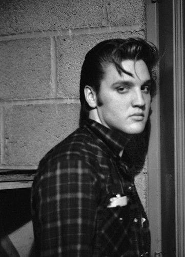 Elvis Presley ಇ  - elvis-presley Photo