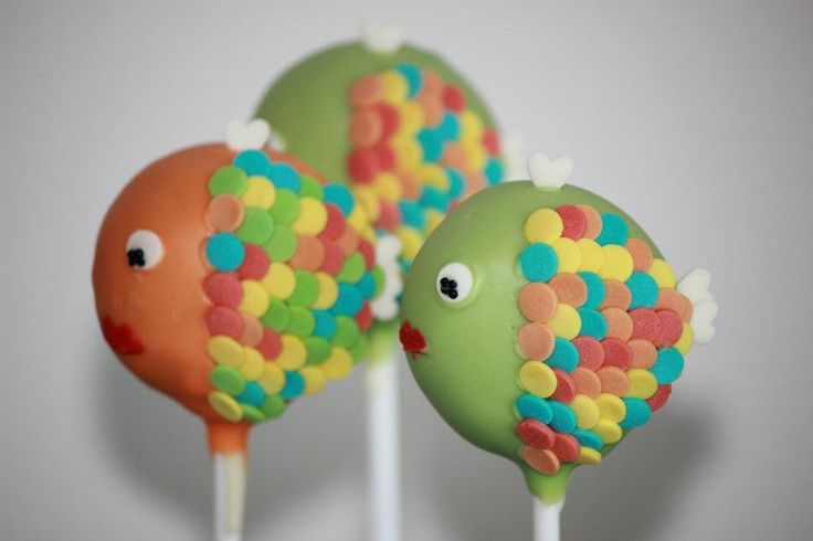 Cupcakes Take The Cake: 7 cute animal cake pops to brighten your day: fish, koala, bear