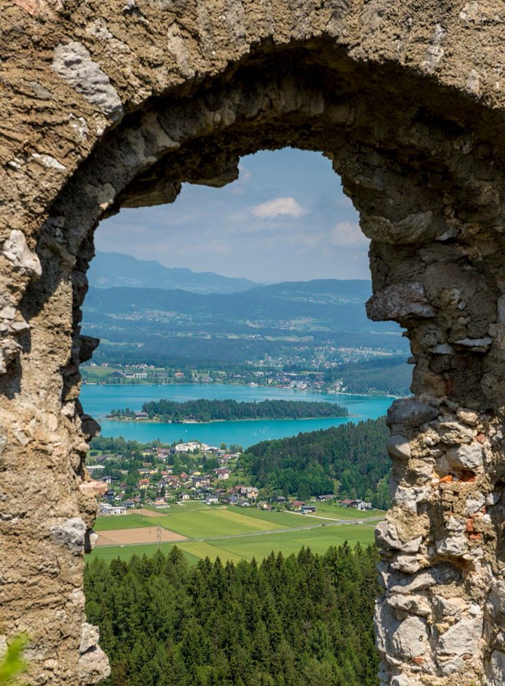 Burgruine Finkenstein am Faakersee, austria