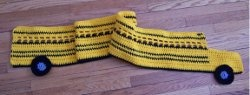 This is super cute.  Would be perfect for a grade schooler or the bus driver for Christmas!: Scarfs Crochet, Schools Buses, Bus Driver, Parties Bus, Crochet Scarves, Free Patterns, Crochet Patterns, Bus Scarfs, Crochet Scarfs