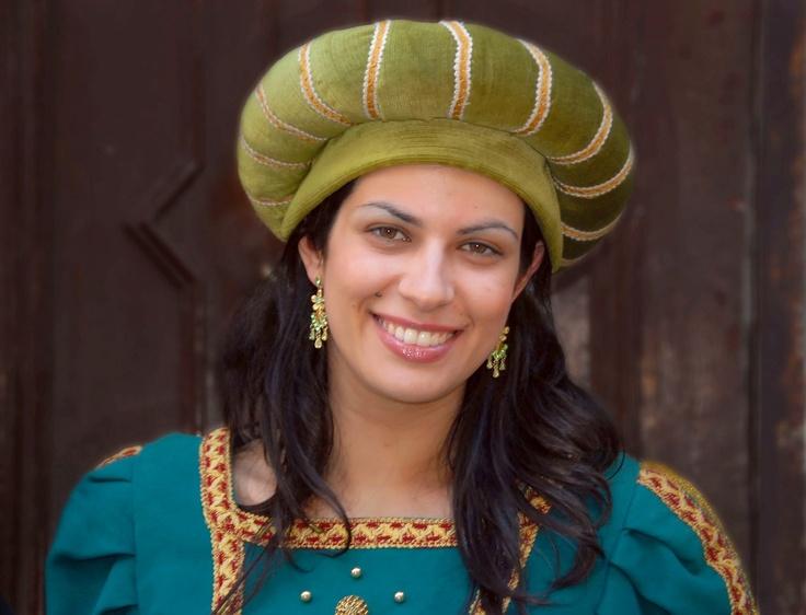 Smiling Sardinia(n beauties) Abito tradizionale di Torralba