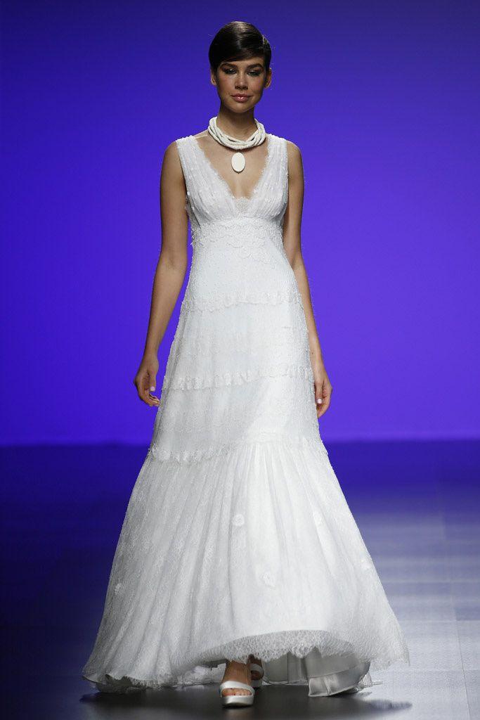 Atractivo Vestidos De Novia De Vanguardia Ornamento - Vestido de ...