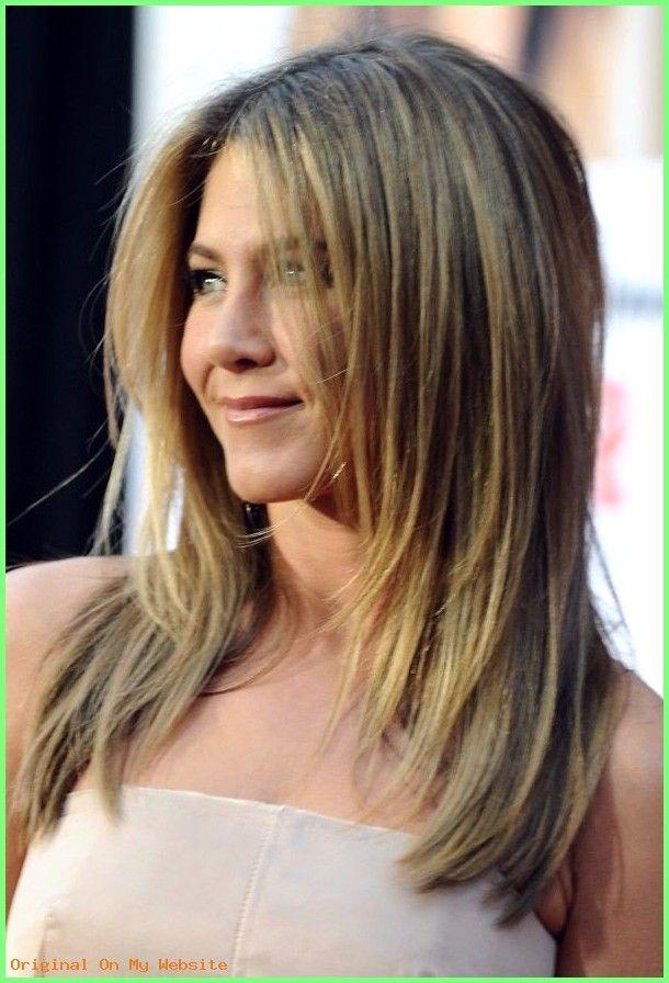 Haarschnitt Lange Haare Stufen Frisuren Fur Schulterlanges Haar 2021 Frisuren Stufenschnitt Lange Haare Haarschnitt Lange Haare Frisuren Lange Haare Stufen