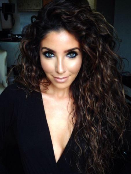 curly hair/smokey eye