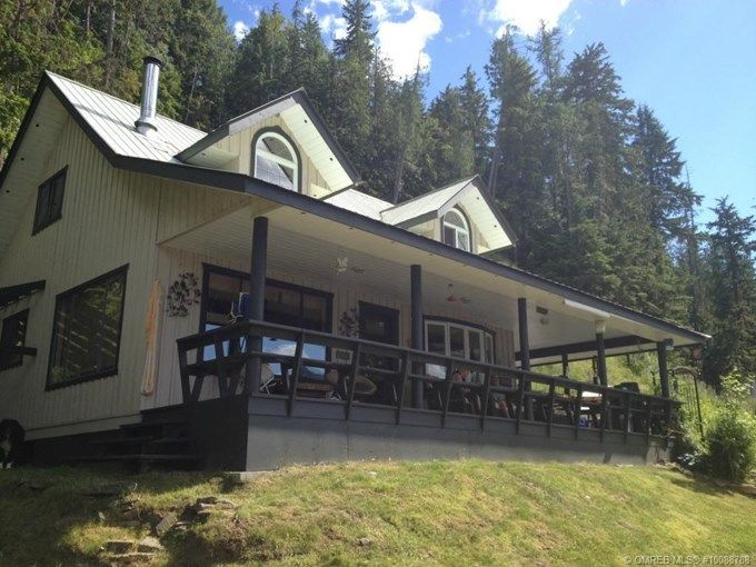 Home for Sale - 14760 Lumby Mabel Lake RD, Lumby, BC V0E 2G0 - MLS® ID 10088788 This home boasts purple sand, 110 feet of private beach, a few short minutes to golfing on the Mabel Lake Golf Course, swimming, snorkeling, water sports to your hearts content, hiking, biking, sledding , ATVing, world class grassed air-park nearby, 5 hour drive from Calgary and Vancouver, salmon fishing when in season, 2 full Baths, 3 bedrooms and a loft