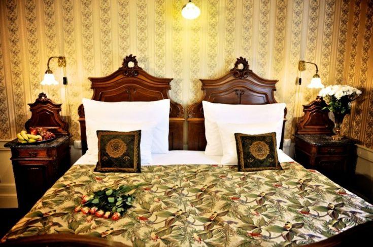 Dormitorio en hotel Praga es amplio y acogedor