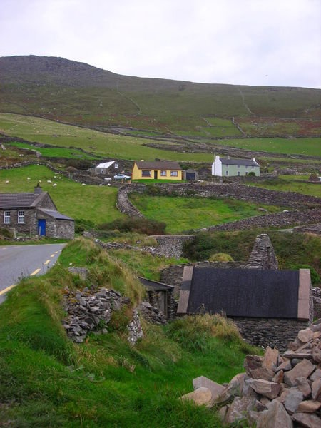 Irish cottages...oh to live there...