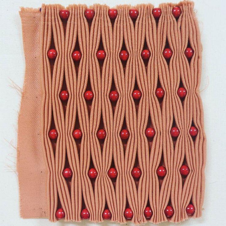 Smocking! . . . #texture #test #textileart #colorgasm #sewing #fineart #art #eatenkate #embroidery #studiolife #contemporarycraft #stitching #hantverk #sweden #crafts #konsthantverk #beading #commission #smocking #studiolife #contemporarycraft #konst #kunst #taide #dutchartist