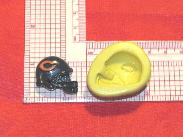 NFL Football Chicago Bears Helmet Silicone Push Mold 333 Chocolate Candy Favors #LobsterTailMolds